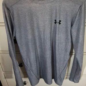 Under Armour heat gear shirt size L